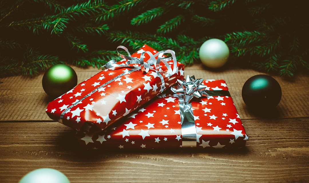 little gifts of love what dollar general taught me about gift giving